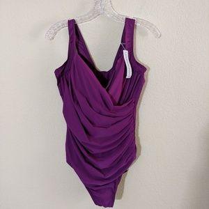 Miraclesuit   Woman's Bathing Suit